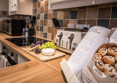 Fully fitted country style kitchen