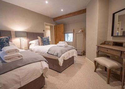 Super king/twin Bedroom
